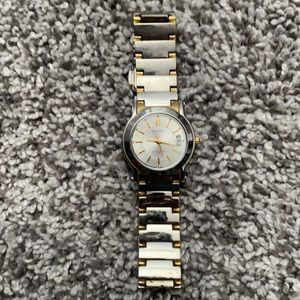 Women's Nautica metal watch stainless steal
